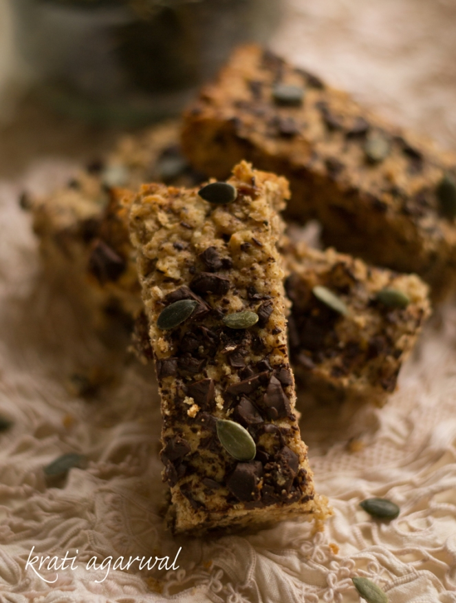 Banana and granola bars